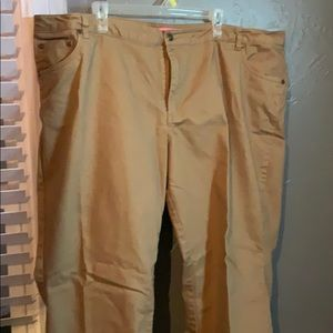 Tan pants—————- Rikki